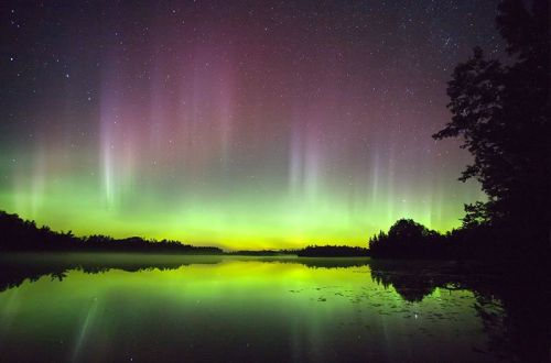 Aurora über Lac du Flambeau, Wisconsin/USA (Courtesy of NASA)