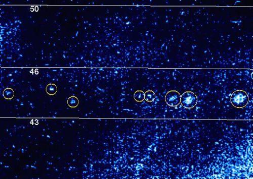 Blitze in der Jupiteratmosphäre (Courtesy of NASA / JPL)