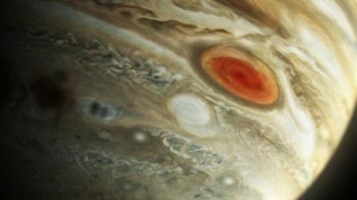 Jupiters Großer Roter Fleck (Courtesy of ESA / Hubble)
