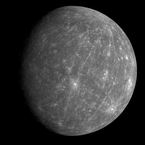 Dieses Bild machte die Raumsonde MESSENGER während ihres zweiten Flyby-Manövers aus einer Entfernung von 27.000 Kilometern, 90 Minuten vor der größten Annäherung an den Planeten. (Courtesy of NASA/Johns Hopkins University Applied Physics Laboratory/Carnegie Institution of Washington)