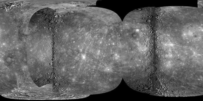 Oben: Dies ist die erste nahezu vollständige Karte von Merkur in hoher Auflösung (zumindest eine kleine Version davon). (NASA / Johns Hopkins University Applied Physics Laboratory / Carnegie Institution of Washington / U. S. Geological Survey / Arizona State University)