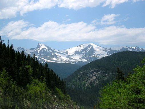 Die Rocky Mountains nahe Ward im US-Bundesstaat Colorado. (Wikipedia / User: Changlc / gemeinfrei)