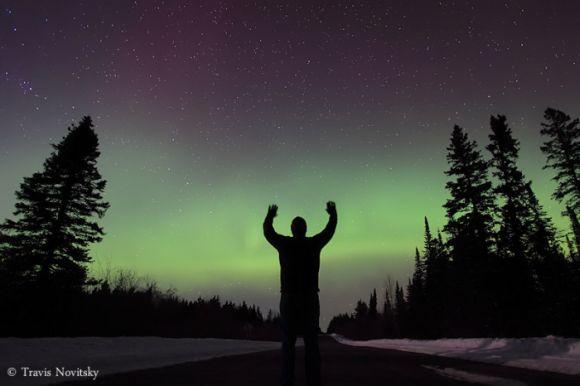 Nordlichter über Grand Portage, Minnesota, am 10. März 2011 (Travis Novitsky)