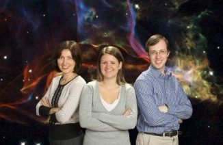 Dr. Jasmina Lazendic-Galloway (links), Amelia Fraser-McKelvie (Mitte) und Dr. Kevin Pimbblet (rechts) (Monash University)