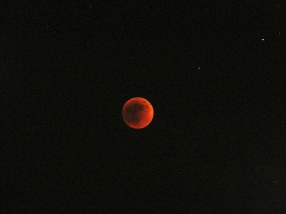 Totale Mondfinsternis vom 15. Juni 2011 / Italien (David Paleino)