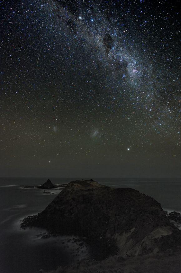 Die Milchstraße über Phillip Island, einer schönen Insel 140 Kilometer von Melbourne entfernt. (Alex Cherney)