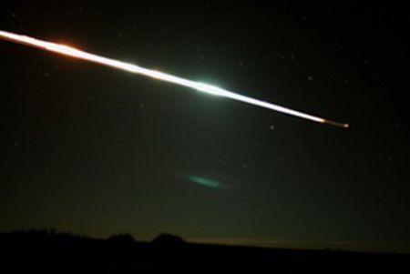 Hayabusa beim Wiedereintritt in die Erdatmosphäre (Photo by Trevor Ireland)