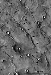 THEMIS-Infrarotaufnahme einer Rille in Hesperia Planum (ASU / NASA /JPL)