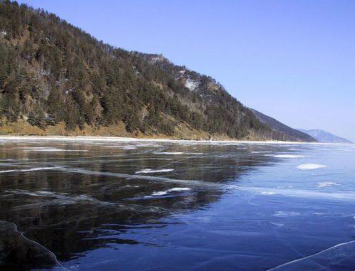 Der Baikalsee. (Lyubov Izmest'eva, Irkutsk State University)