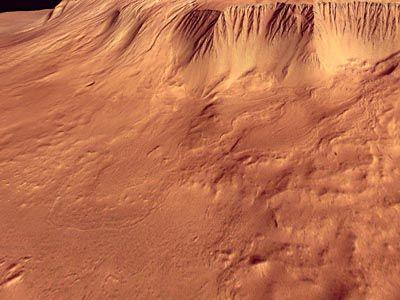Steilhang am Olympus Mons (Courtesy of ESA/DLR/FU Berlin (G. Neukum))