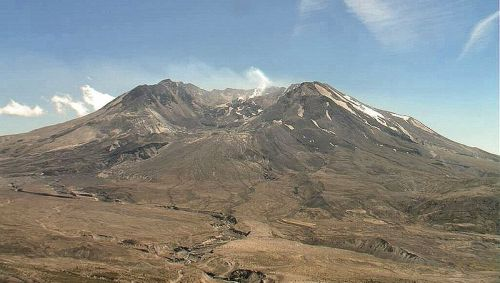 Mount St. Helens nach dem Ausbruch (Courtesy of US Forest Service)