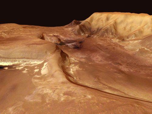 Melas Chasma (Courtesy of ESA / DLR / FU Berlin (G.Neukum))