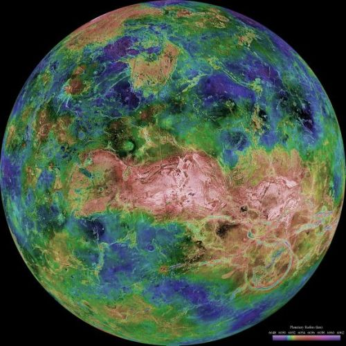 Venus - zentriert auf 90 Grad östlicher Länge (Courtesy of NASA / JPL / USGS)