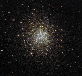 Der Kugelsternhaufen Palomar 2, aufgenommen vom Weltraumteleskop Hubble. (ESA / Hubble & NASA)