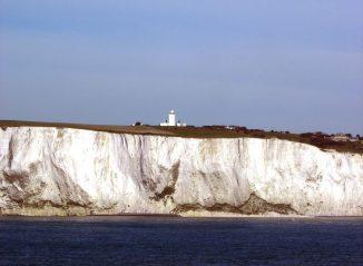 Kreidefelsen an der englischen Küste bei Dover. (Wikipedia / User: Rémi Jouan / CC BY-SA 3.0)