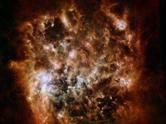 Die Große Magellansche Wolke ist eine kleine Satellitengalaxie unserer Milchstraßen-Galaxie. Herschel zeigt sie hier in infraroten Wellenlängen. (ESA / NASA / JPL-Caltech / STScI)
