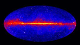 Dieses Bild zeigt den gesamten Himmel in Energien größer als ein Gigaelektronenvolt, basierend auf Daten des Large Area Telscope an Bord des Fermi Gamma-ray Space Telescope. (NASA / DOE / Fermi LAT Collaboration)