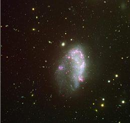 Die irreguläre Galaxie NGC 1427A, basierend auf Daten, die im November 2002 und Januar 2003 mit dem Very Large Telescope der Europäischen Südsternwarte in Chile gesammelt wurden. (ESO)