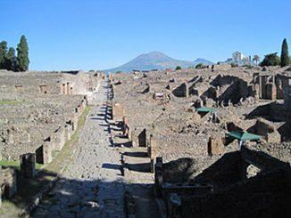 Blick über die verschüttete römische Stadt Pompeji, die im Jahr 79 n. Chr. unter der Asche des Vesuv begraben wurde. (Steven Ellis / University of Cincinnati)