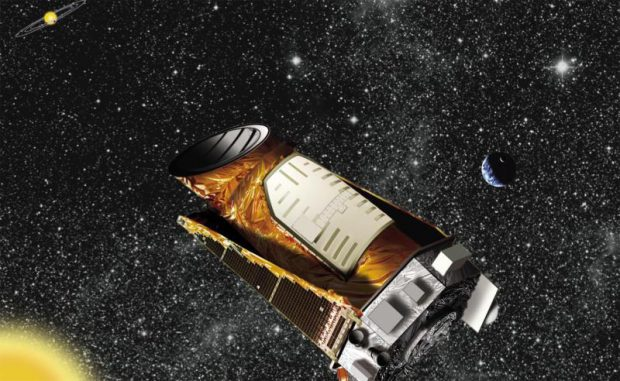Diese Illustration zeigt das Weltraumteleskop Kepler bei der Beobachtung eines fremden Sternensystems. (NASA / Ames / JPL-Caltech)