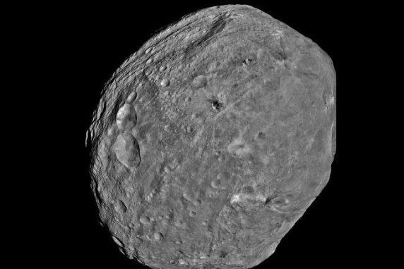 Dieser kleine Asteroid mit der Bezeichnung 2012 DA14 ist etwa 15 Meter groß. (NASA)