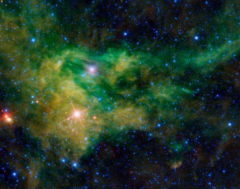 WISE-Aufnahme der Sternentstehungsregion BFS 29. Das Bild zeigt das Gebiet in infraroten Wellenlängen. (NASA / JPL-Caltech /UCLA)