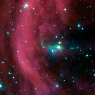 Spitzer-Aufnahme des Herbig-Haro-Objekts 34 und seiner Zwillingsjets. (NASA / JPL-Caltech)