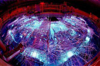 Die Z-Machine am Sandia National Laboratory ist eine der stärksten Strahlungsquellen in den Vereinigten Staaten. (Randy Montoya)