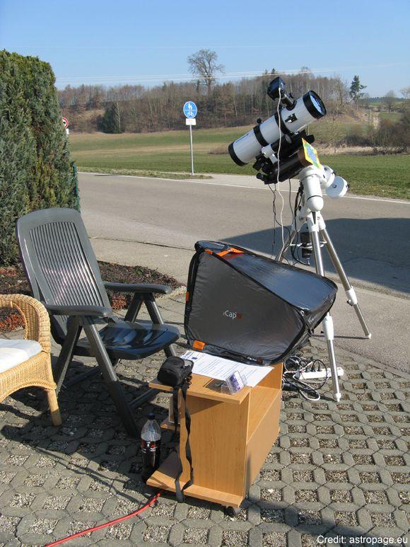 Das aufgebaute Setup morgens vor Beginn der partiellen Sonnenfinsternis (astropage.eu)