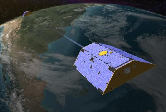 Illustration der beiden Satelliten des Gravity Recovery and Climate Experiment (GRACE) in der Erdumlaufbahn. (NASA / JPL)