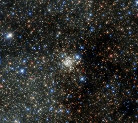 Der Arches Cluster, aufgenommen vom Weltraumteleskop Hubble. (NASA & ESA)