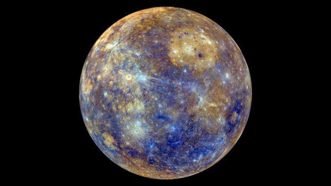 Falschfarbenaufnahme des Planeten Merkur, basierend auf Daten der NASA-Raumsonde Messenger. (NASA / JHU Applied Physics Lab / Carnegie Inst. Washington)