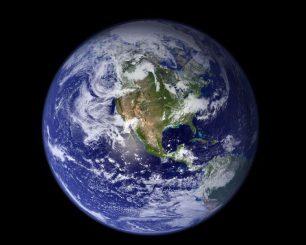 Dieses Bild der Erde stammt vom Moderate Resolution Imaging Spectroradiometer an Bord des Satelliten Terra. (NASA)