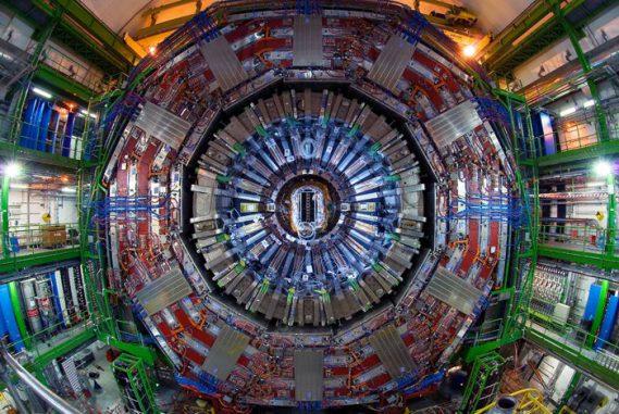 Für die Forschungsarbeit wurde der hier abgebildete CMS-Detektor des Large Hadron Collider (LHC) am CERN genutzt. (Photo courtesy CERN)