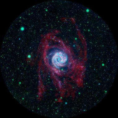 Die Südliche Feuerradgalaxie, basierend auf Daten des Galaxy Evolution Explorer (GALEX) und des Very Large Array (VLA). (NASA / JPL-Caltech / VLA / MPIA)