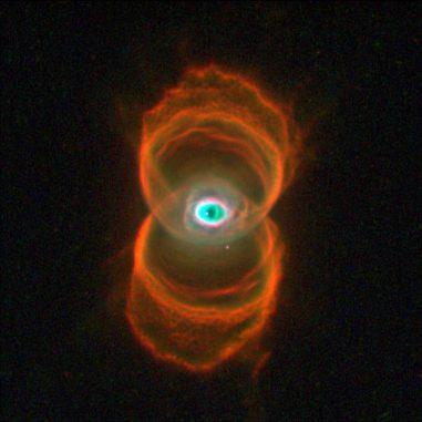 MyCn18, der Sanduhrnebel, hier aufgenommen vom Weltraumteleskop Hubble. (NASA / JPL-Caltech / ESA, the Hubble Heritage Team (STScI / AURA))
