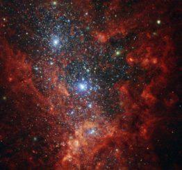 NGC 1569, aufgenommen vom Weltraumteleskop Hubble. (ESA / Hubble & NASA, Aloisi, Ford; Acknowledgement: Judy Schmidt (Geckzilla))