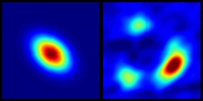 Links: Rekonstruktion des radioleisen Quasars HS0810+2554 nach der Korrektur der Verzerrungen. Rechts: Die Daten des VLA zeigen, wie die Quelle nach der Passage der verzerrenden Galaxie aussieht. (N. Jackson / NRAO)
