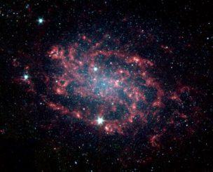 Spitzer-Aufnahme der Galaxie NGC 300. (NASA / JPL-Caltech)