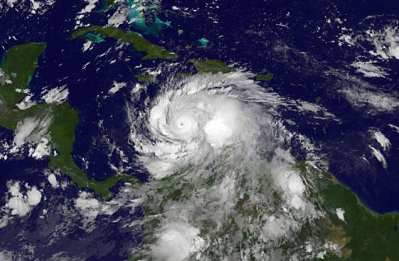 Der Orkan Matthew am 2. Oktober 2016 um 04:45 EDT (08:45 UTC), aufgenommen vom GOES-Satelliten der NOAA. (NASA / NOAA GOES Project)
