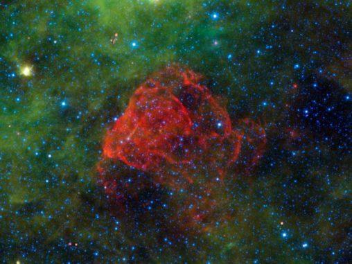 Der Supernova-Überrest Puppis A, aufgenommen von WISE (NASA / JPL-Caltech / UCLA)