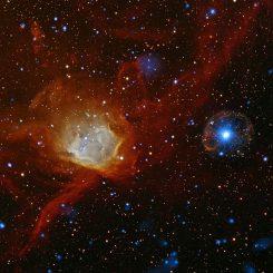 Der Pulsar SXP 1062 (rechts) (X-ray: NASA / CXC / Univ.Potsdam / L.Oskinova et al & ESA / XMM-Newton; Optical: AURA / NOAO / CTIO / Univ.Potsdam / L.Oskinova et al)