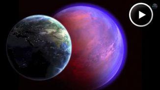 Größenvergleich zwischen der Erde (links) und dem Exoplaneten 55 Cancri e (rechts) (Science@NASA)