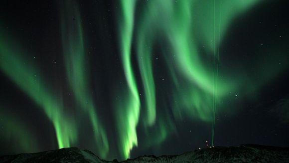 Nordlicht über Andøya, Norwegen (Kolbjørn Blix Dahle)