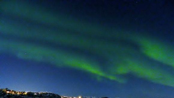 Nordlicht über Harstad, Norwegen (Lutz Wittmann)
