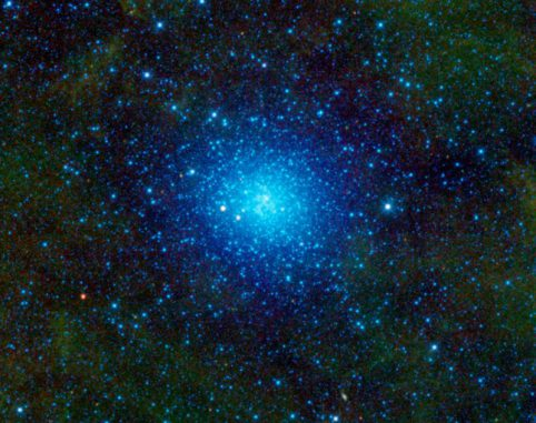 Der Kugelsternhaufen Omega Centauri. (NASA / JPL-Caltech / UCLA)