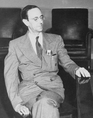 Professor Sir James Chadwick, um 1945. (Los Alamos National Laboratory)