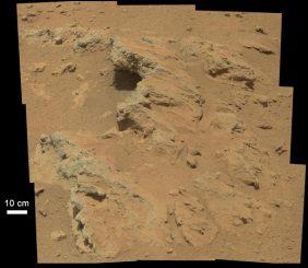 """Der Aufschluss """"Hottah"""" auf dem Mars. Hier fand Curiosity Hinweise für einstmals fließendes Wasser. (NASA / JPL-Caltech / MSSS)"""