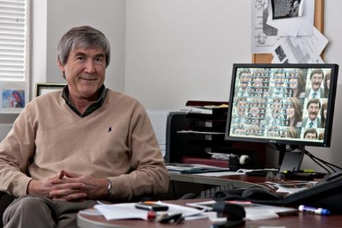 Professor Paul Davies von der Arizona State University. (Photo by Tom Story)