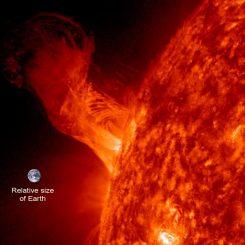 Eine Sonneneruption am 31. Dezember 2012, aufgenommen vom Solar Dynamics Observatory. (NASA / SDO / Steele Hill)